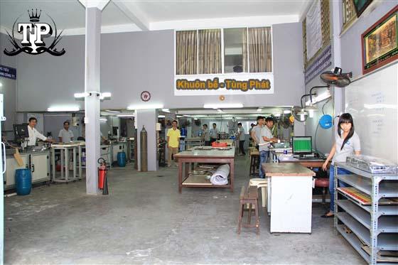 Cơ sở nhận gia công khuôn bế Tùng Phát